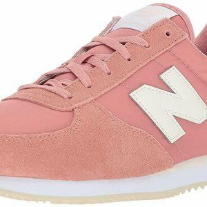 New Balance Women's 220v1 Sneaker 8 M Dusted Peach